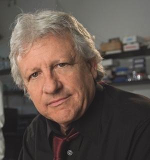 Photograph of Dr Stuart Firestein